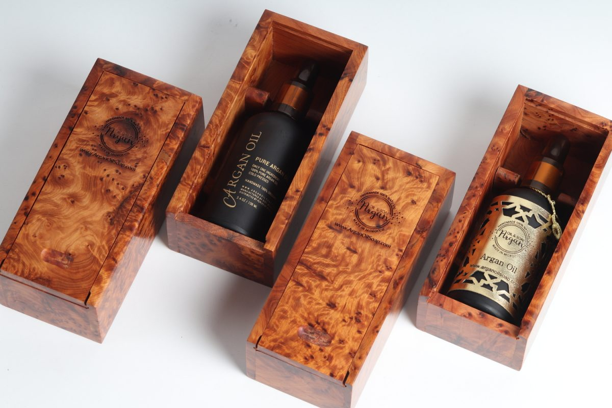 huile d'argan avec boite de bois